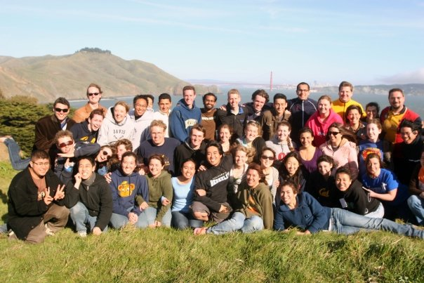 Spring 2008 retreat group picture with Golden Gate in background.